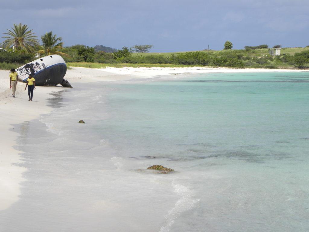 La spiaggia del relitto Antigua