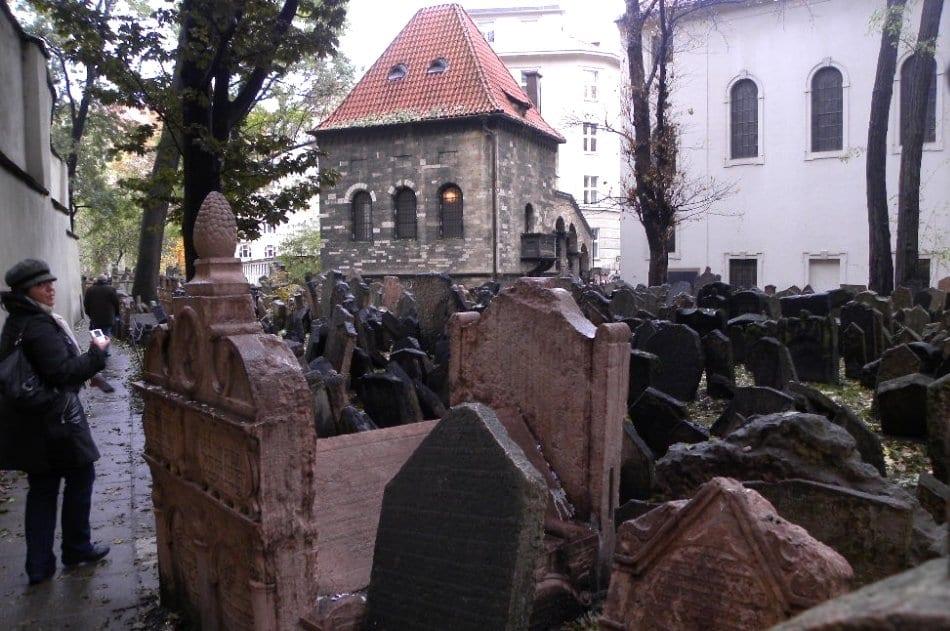 Praga il cimitero ebraico